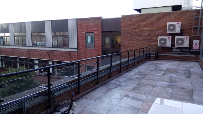 Metal Fabrication Balcony With Safety Glass